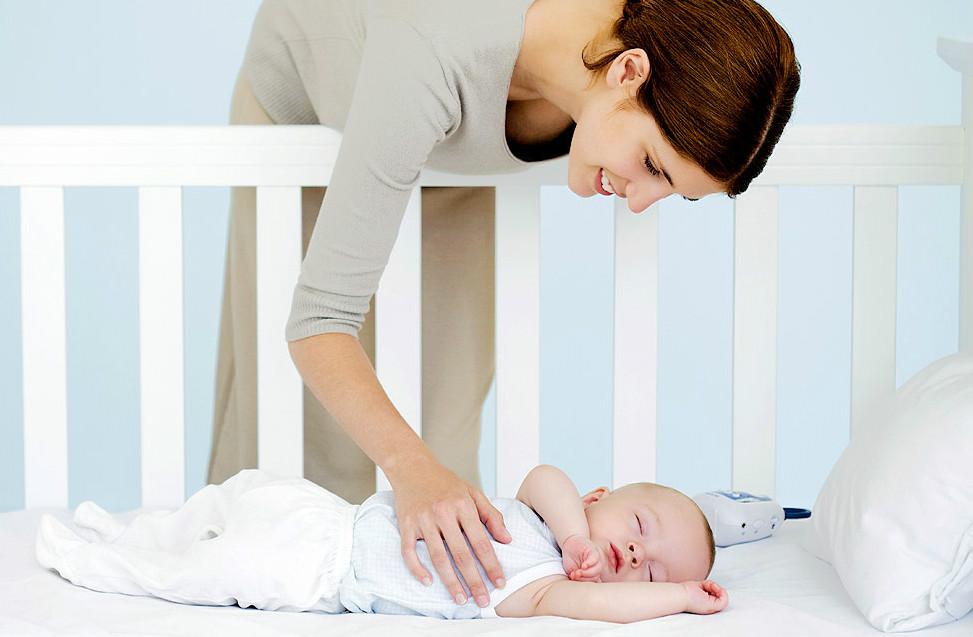 colocae bebe no berco