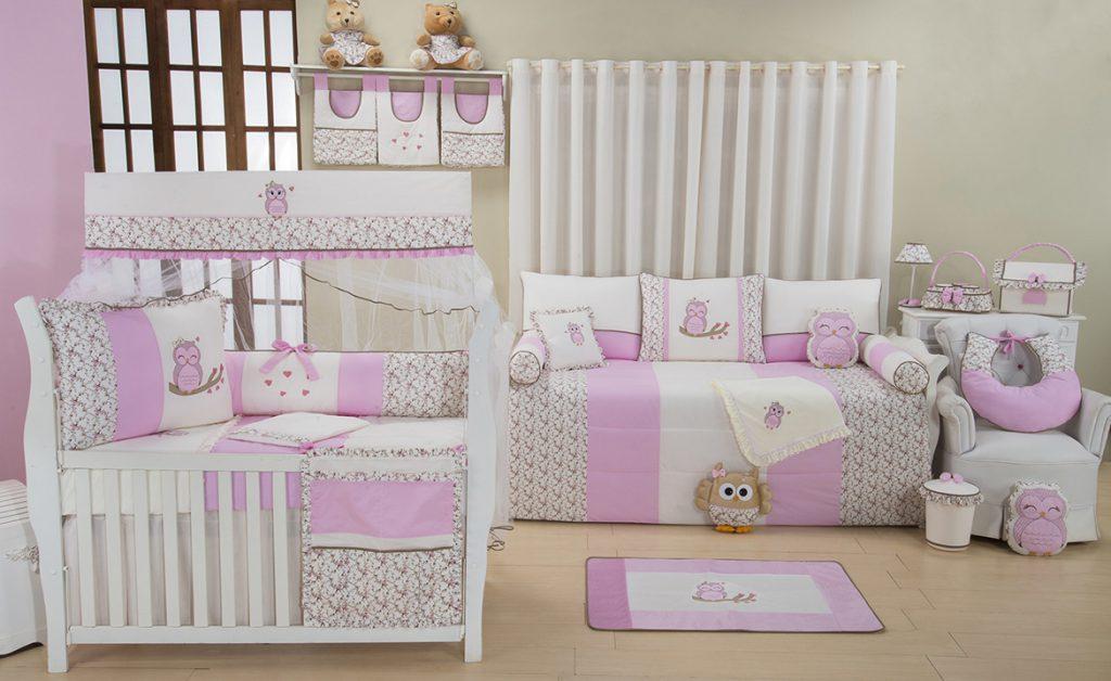 quarto de bebê com corujas