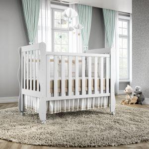 O acabamento arredondado garante a segurança do bebê