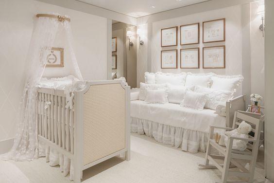 dossel de parede rendado decoração branca